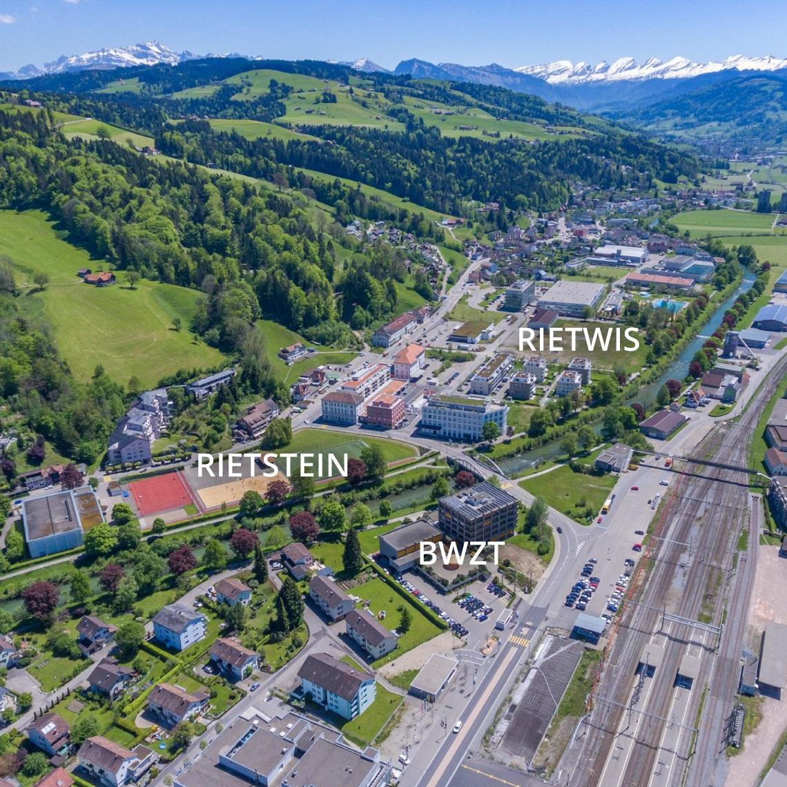 Lufaufnahme von Wattwil: MeinToggenburg.ch